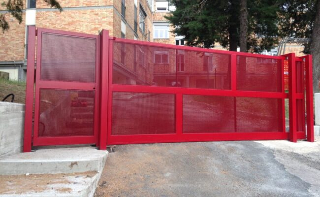 Cancello con Lamiera Micro Forata