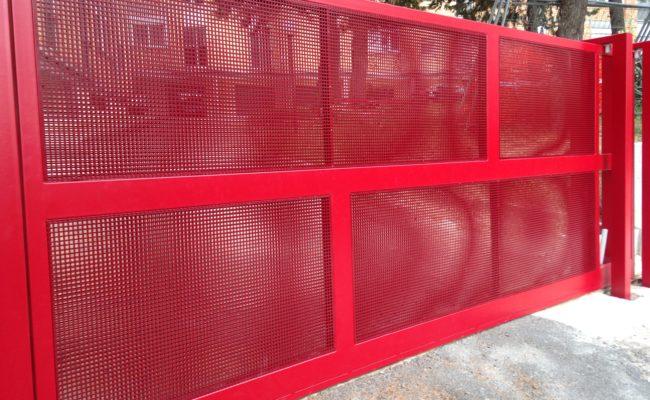 Cancello con Lamiera Micro Forata 1